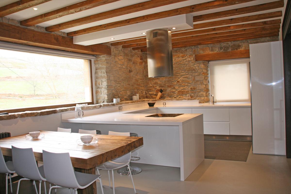 Descubre zaila un amplio showroom de dise o y decoraci n for Diseno de interiores en bilbao